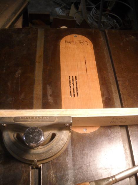 ukulele lining 021