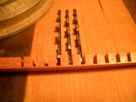 ukulele lining 024